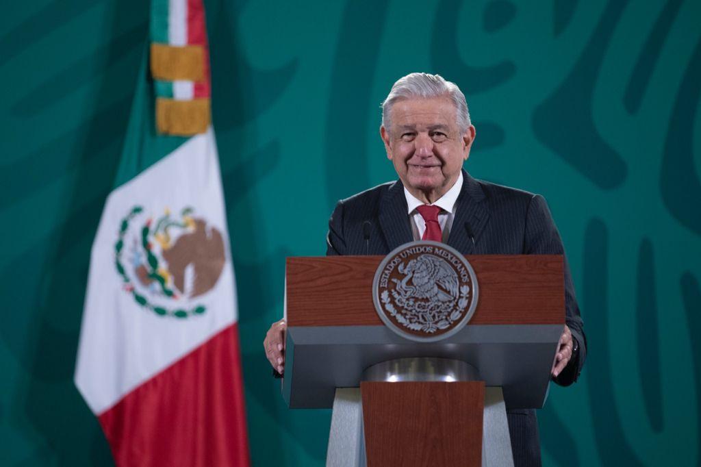 Comisionados de la CRE son honestos: AMLO Foto: Presidencia