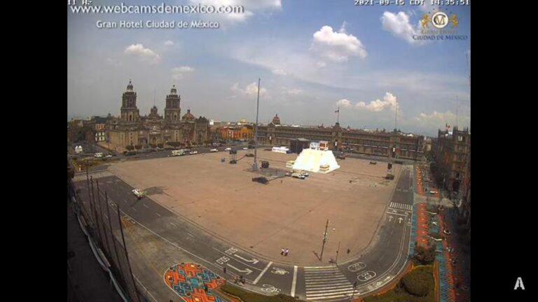 Alistan ceremonia del Grito de Independencia en un Zócalo sin gente Foto: Internet