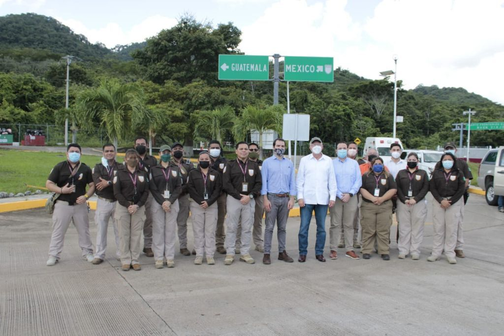 Embajador de EUA en México, Kenneth Salazar visitó instalaciones migratorias en Tabasco **FOTOS SEGOB / INM***