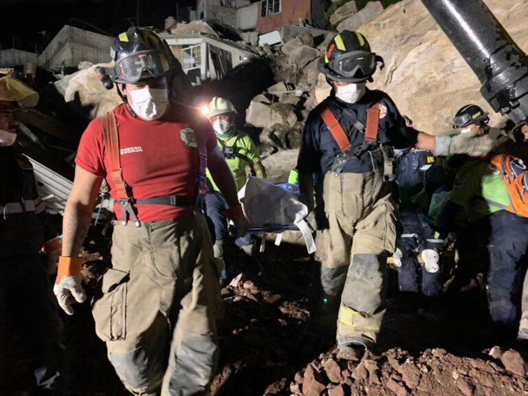 Localizan cuerpos de Paola y su hijo Dylan en zona del Cerro del Chiquihuite