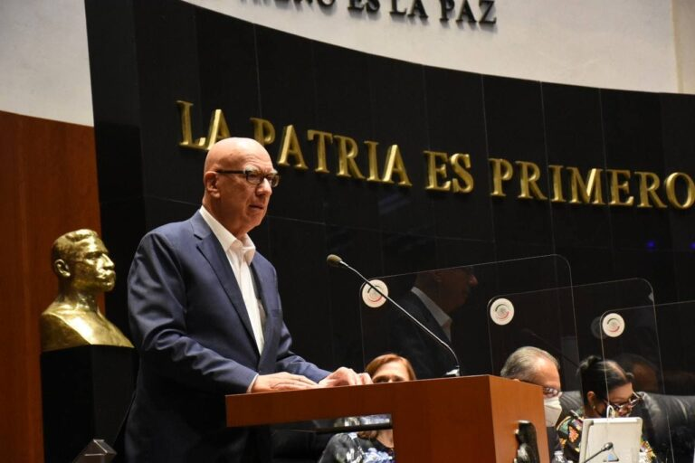 Propone Dante Delgado revocar concesiones en autotransporte a quien viole parámetros de seguridad Foto: Internet