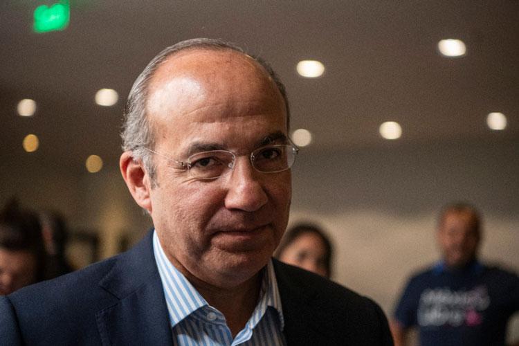 """""""Descolonizar"""" solo refleja complejos y problemas mentales: Felipe Calderón Foto: Internet"""