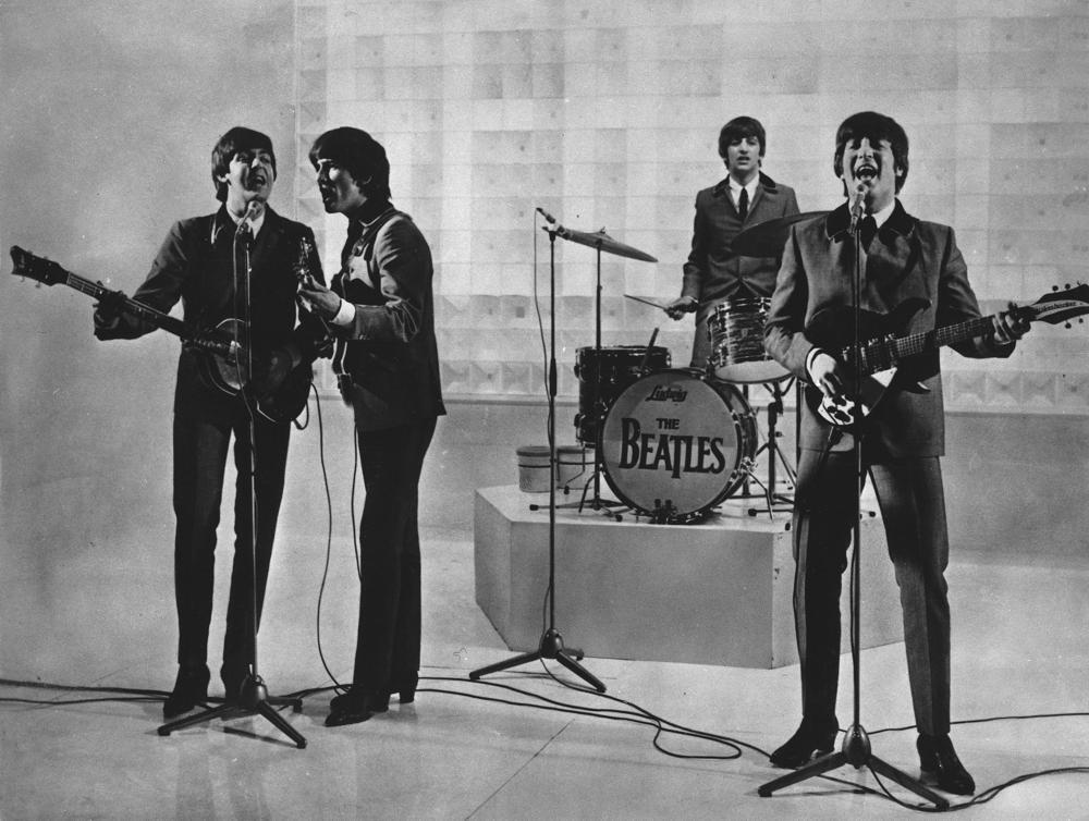 Lennon fue responsable de separación de Beatles: McCartney