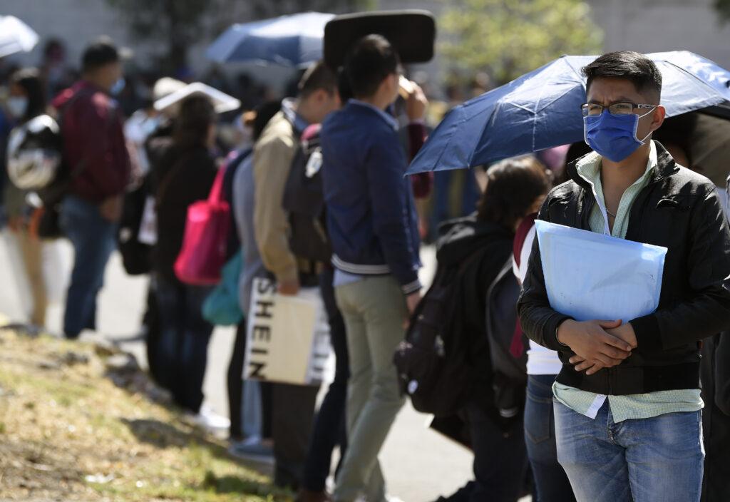 Se crean en septiembre más de 174 mil nuevos empleos, una de las cifras más altas Foto: Internet