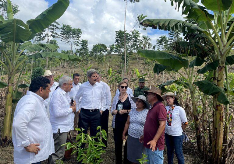 André Manuel López Obrador AMLO John Kerry