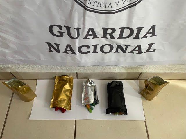 Guardia Nacional localizó y aseguró azúcar y golosinas hechas de cannabis ***FOTOS GN****