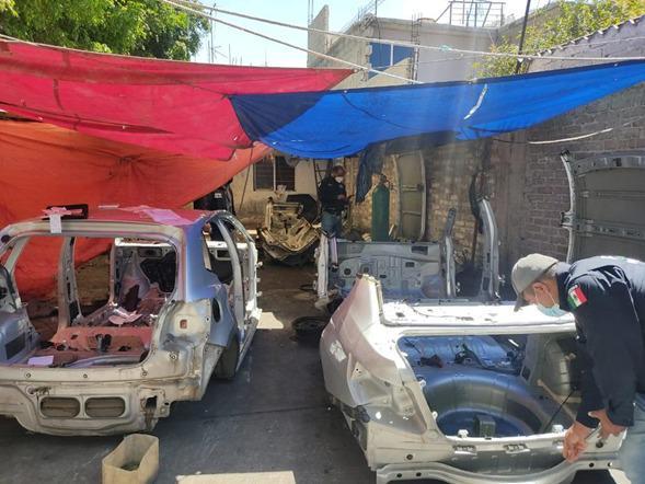 Tras cateos en Ecatepec y Toluca, FGJEM localizó autopartes, vehículos y mercancía robada **FOTOS FGJEM***