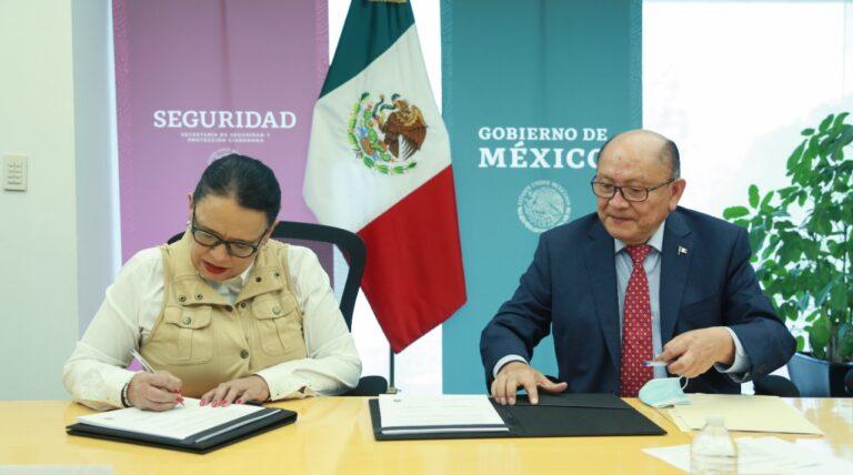 SSPC y CONALEP firman convenio para fomentar la construcción de la paz entre estudiantes **FOTOS SSPC***