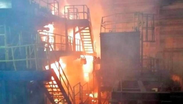 Se registra incendio en Altos Hornos y deja 11 trabajadores con quemaduras Foto: Debate